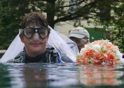 Unter Wasser Zeremonie im Thurgau