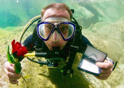 Unterwasser Antrag Helia Zeremonien
